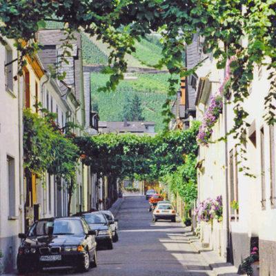 Neustraße 48